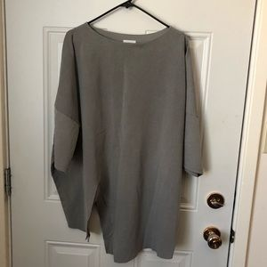 1.2 Illy Asymmetrical Tunic Top